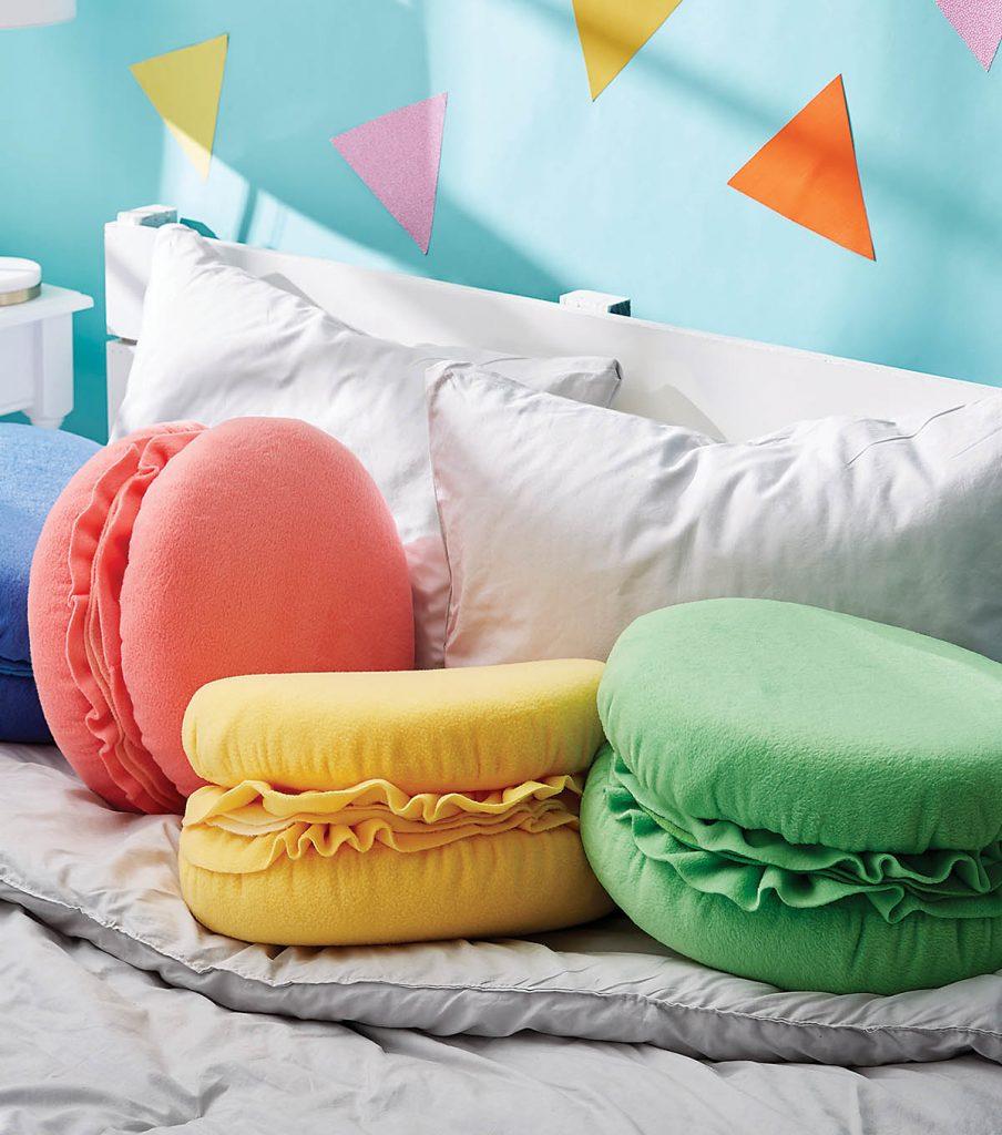 Macaroon Pillows