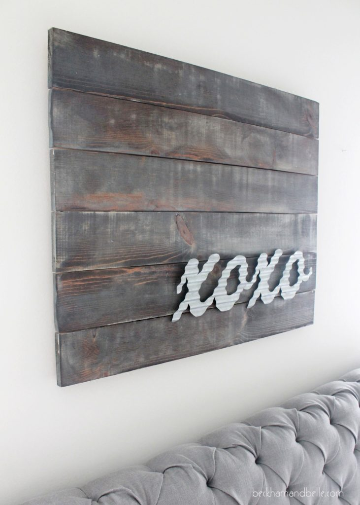 Xoxo Distressed Wooden Art With Galvanized Metal