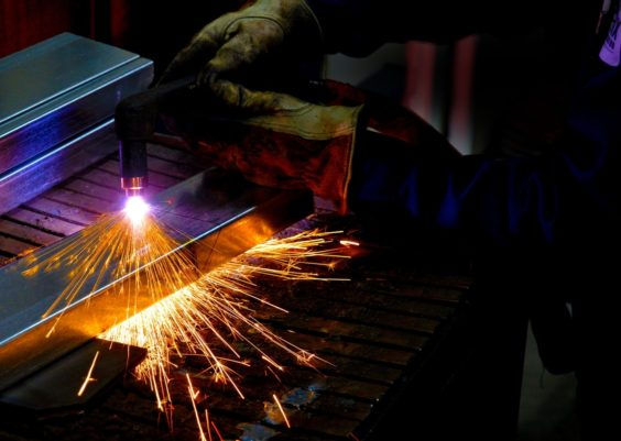 Best Plasma Cutter Reviews Feat