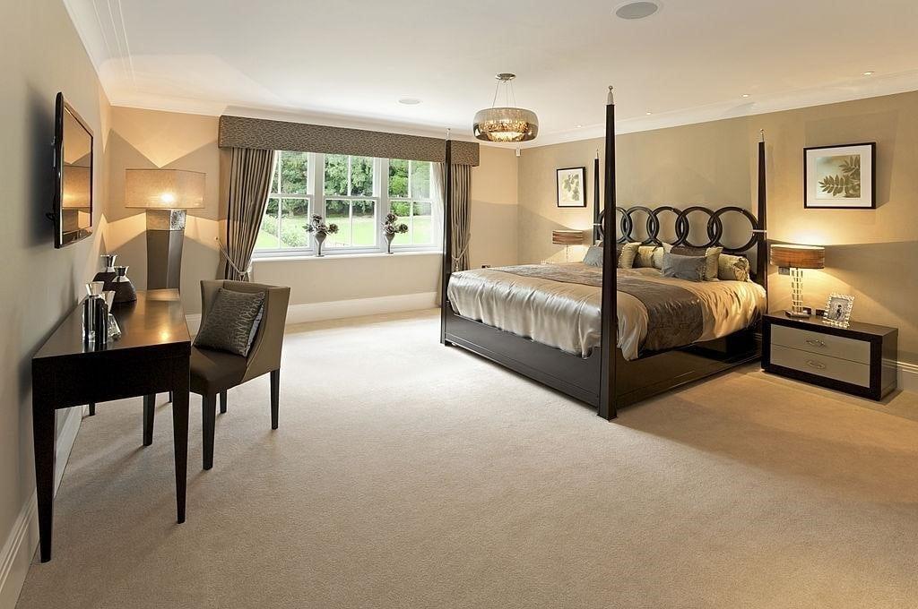 Soft Brown Carpet Ensures Snug Flooring