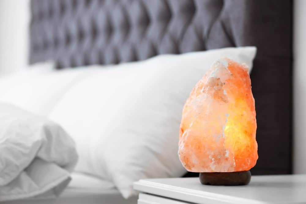 Use Lamps That Purify Environment for Good Sleeping